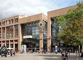 Gare de la Part Dieu à Lyon 69003